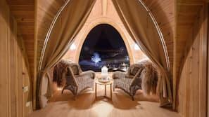 Individuelt dekorert og sengetøy