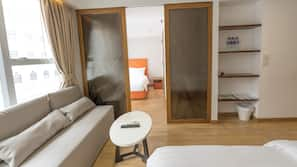 1 bedroom, in-room safe, iron/ironing board, rollaway beds