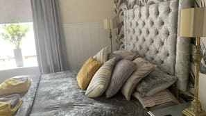 Premium bedding, individually decorated, individually furnished, desk
