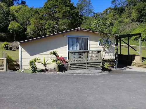 The Kaituna Cottage BNB
