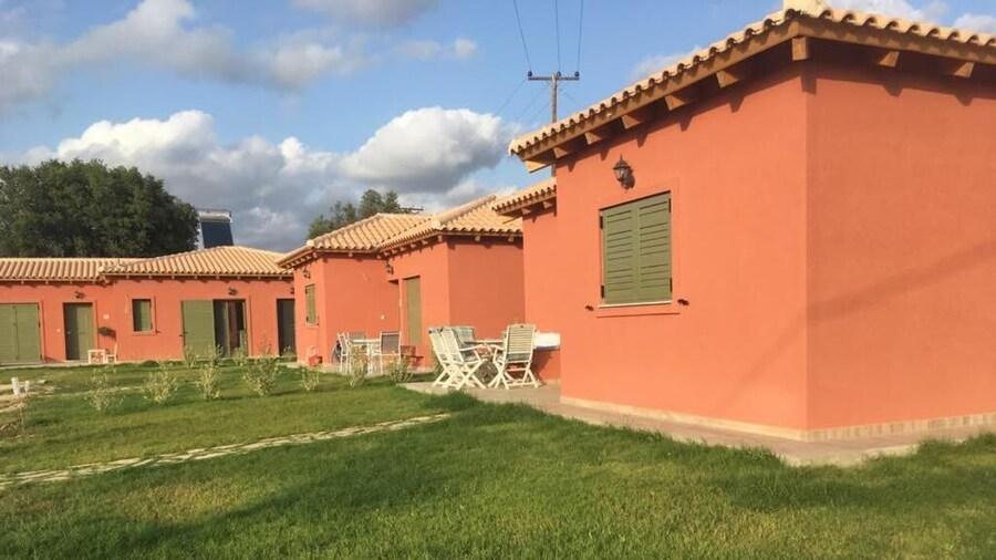 Comfeto & Mandolato Sweet Houses