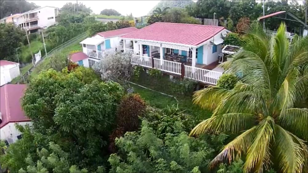 House With 2 Bedrooms In Le Morne Vert With Wonderful Mountain