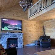 Brand New Camelback Ski Cabin , Aquatopia Indoor Water Park Pass Package Avail