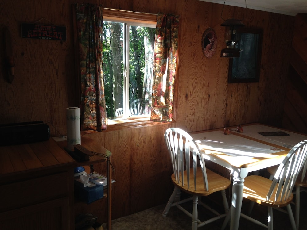 , Woodys Treehouse Hideaway In French Creek,w.va Reviews on Airbnb