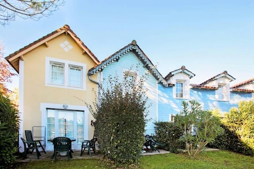 Cosy 2 Bedroom Lakeside House Within Walking Distance of Marciac Town Centre