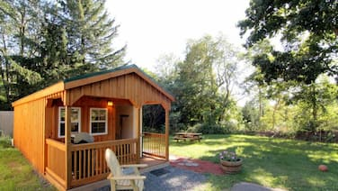 The Cutest Cabin & Fire Pit Minutes Away From Windham SKI Slope