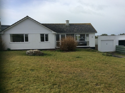 3 Bedroom Detached Bungalow With Sea Views