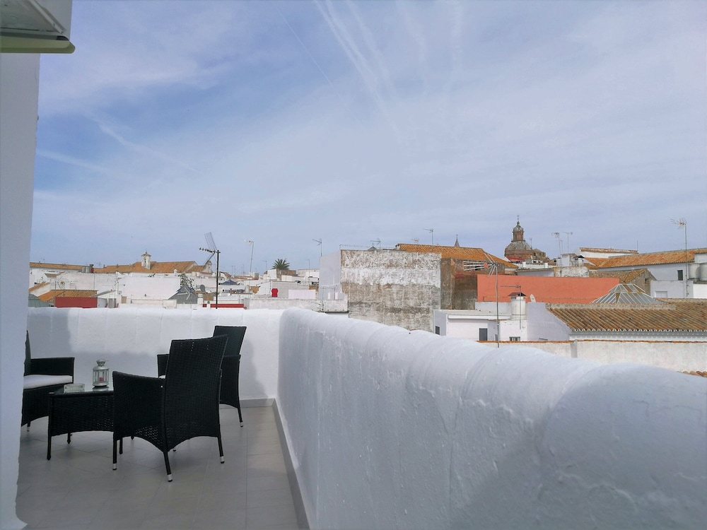 Apartment With Terrace And Spectacular Views In Carmona
