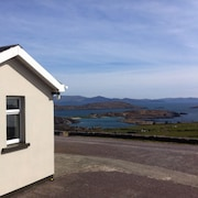 Harbour View Apartments - Spectacular Sea Views - Close to Derrynane Beach