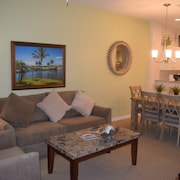 Spacious Naples Condo in Beautiful Lely Resort
