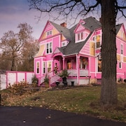 Holidays at the Pink Castle, Downtown Hudson