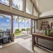 Aloha Beachfront Bliss - Incredible Luxury Home on White, Sandy Beach! Hot tub
