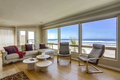 ?new Oceanfront Listing! Newly Remodeled Second Floor Condo With Panoramic Ocean Views