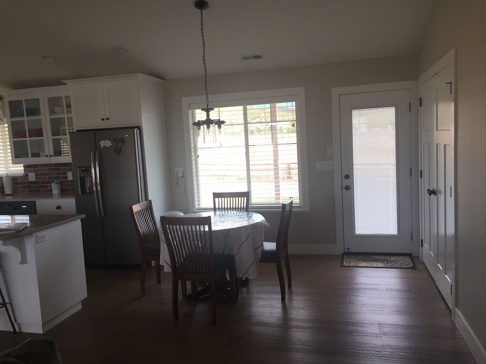 Diane S Farm House Country Living In Cedar City Hotel Rates Reviews On Orbitz