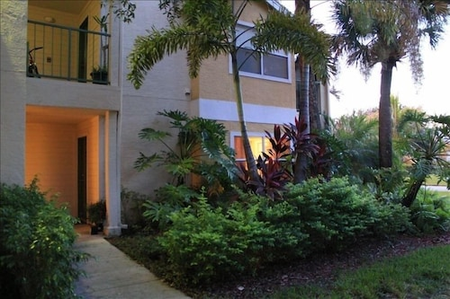 -venetian Palms 1st Floor 2bed/2bath King an