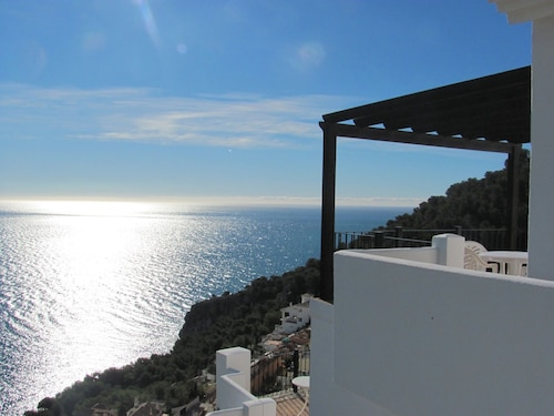 Villa, Large Pool & Spectacular Views: Up to 40% Disc if you Book by end April