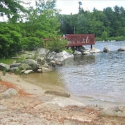 Big Sebago Lake - Sandy Beach & Privacy & Canoe