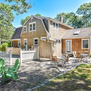 #901: Brand New, Completely Renovated, Great Location, Dog Friendly!