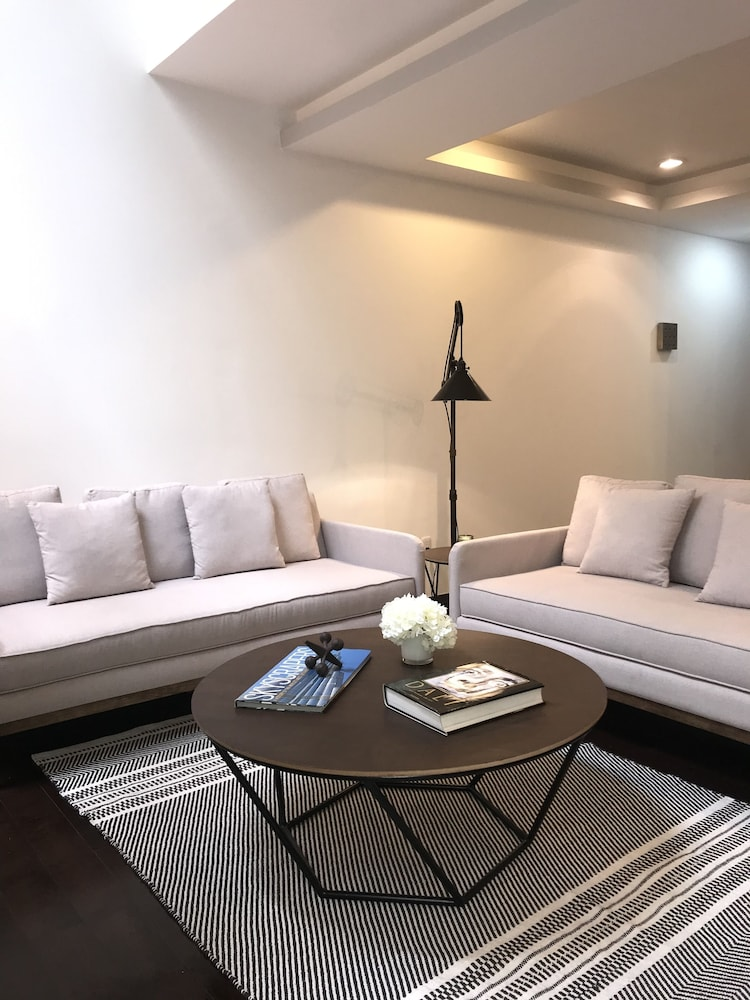 Great Location Apartment Reforma/angel/us Embassy in Mexico