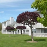 Lake Charlevoix Condo In The Landings At Boyne City