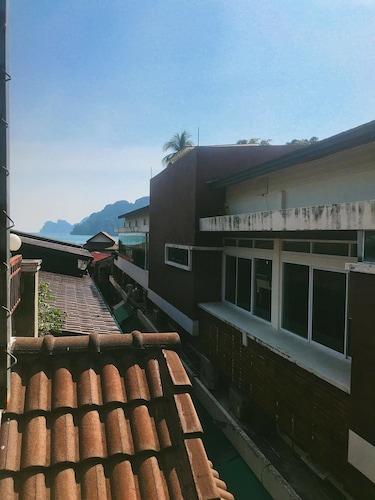 Ants House Phi Phi Dorm - Hostel
