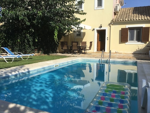 Villa Frini With Private Pool in Great Location Close to Corfu Town & Aqualand