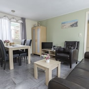Zuidstraat 103b Westkapelle Cozy Summer House 103b 2 Adults and 2 Children