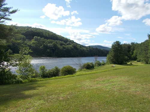Private RV Camping on the Connecticut River With Local Mountain Views!!