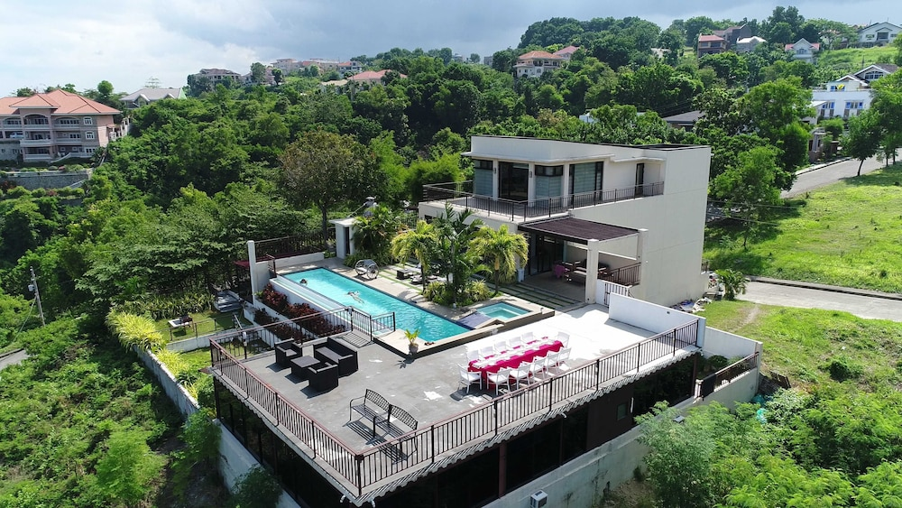 , Sky Hill Pool Villa - Private Resort wiht beautiful view  On the mountainside