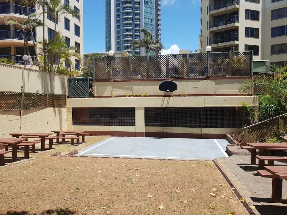 1 Bedroom Apartment City View In Aloha Apartments 0 Out Of 5