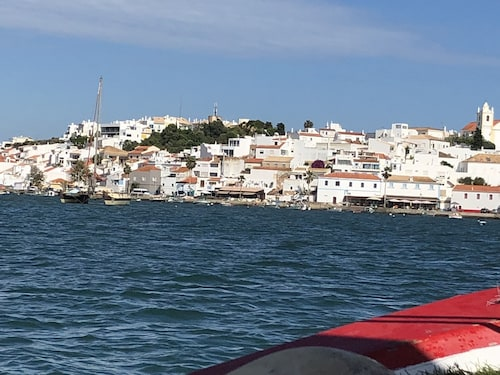 Large Two bed, Fishing Village, Close to sea apartment, Algarve