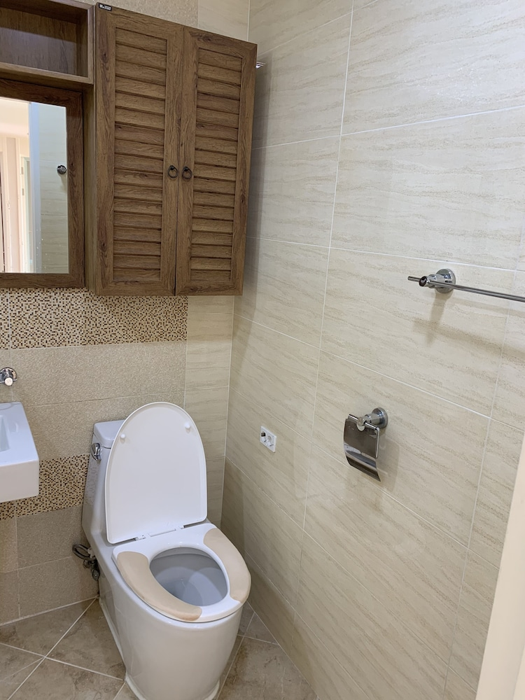 Bathroom, Apratment Rent for 2month