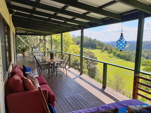 305 Montville Holiday Home