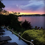 Charming 4BR 2BA Direct Waterfront Home W/panoramic Views on Candlewood Lake