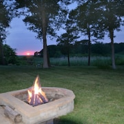 Oceanview, Backyard Bay Sunsets, Kayak, Bikes, Hot Tub, Beach Trails, Fire Pit