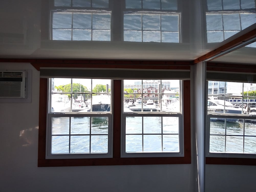 Room, Fun Houseboat. Walk to Boston Attractions Wifi