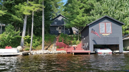 Picturesque Adirondack Lake House
