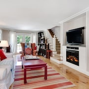 Lux Comfort and Space in E Hampton! Ralph Lauren Decor, Parklike Setting, Pool!