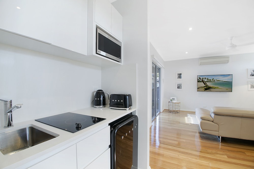 Private Kitchen, Merewether Excelsior