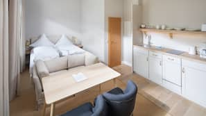 Allergikerbettwaren, schallisolierte Zimmer, Bügeleisen/Bügelbrett