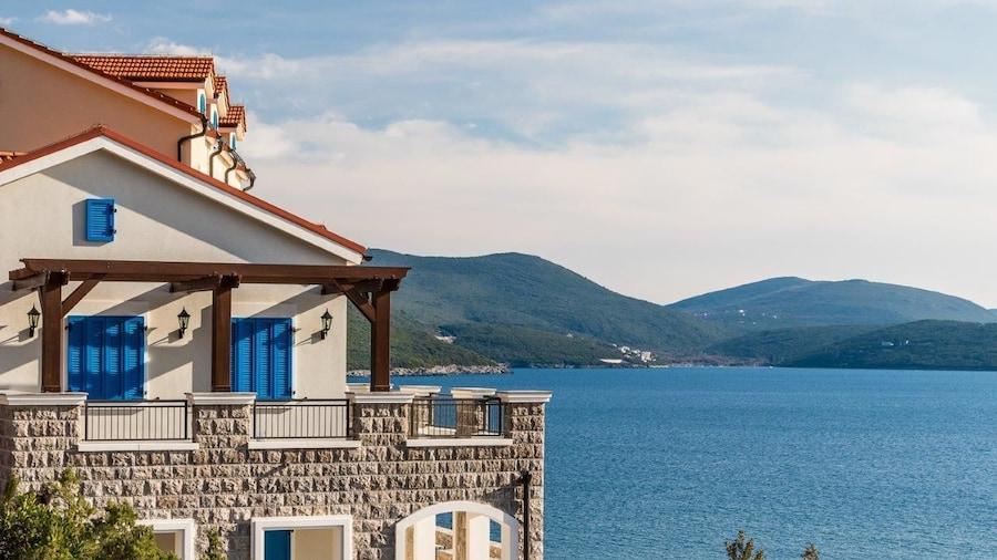 Lustica Bay Apartments