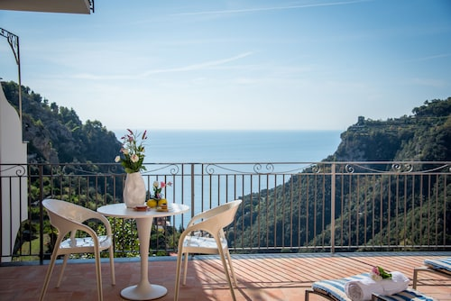 9aeea43c047 Amalfi Coast Accommodation - Top Amalfi Coast Hotels 2019