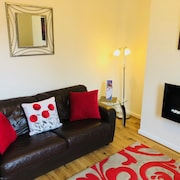 A Superior 2 Bedroom Fully Serviced Apartment in the Heart of Warwick