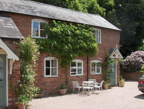 The Cottage is a Tastefully Converted Former Victorian Barn in Tarvin Sands