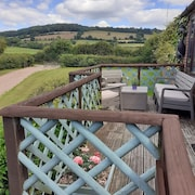 Single Storey Cottage IN Glorious Rural Location. Dogs Welcome
