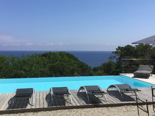 Cap Corse House Located Facing the sea 4 Bedrooms Infinity Pool