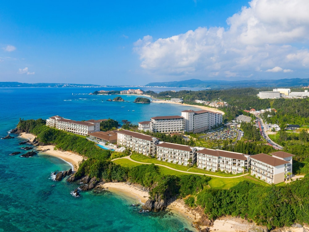 Featured Image, Halekulani Okinawa