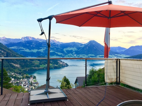 Mini Villa Directly to Rigi Train and Rigi Very Good for Hiking, Swimming, Wellness