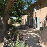 Authentic Provencal Farmhouse With Fenced Pool Near Aix en Provence