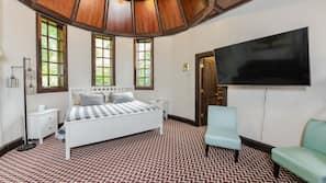 5 bedrooms, cribs/infant beds, Internet